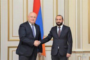 Спикер парламента Армении проинформировал председателя ПА ОБСЕ о диверсии Азербайджана