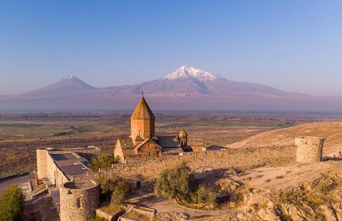 Армения оказалась в числе стран, куда в первую очередь хотят поехать россияне