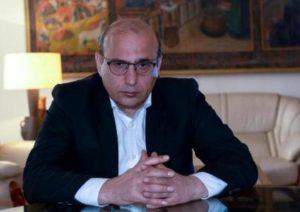 «Дайте ему валерьянку»: очередной Нострадамус возомнивший себя политологом дал совет армянам