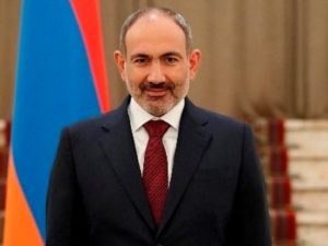 Никол Пашинян поздравил сотрудников прокуратуры