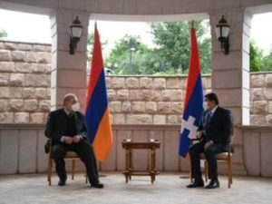 Президент Армении с рабочим визитом прибыл в Степанакерт
