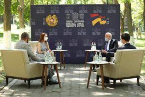 Макунц провела встречу с Копыркиным