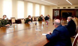 Начальник Генштаба ВС Армении принял посла РФ