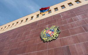 Минобороны: Азербайджанцы оставили очень много убитых в нейтральной зоне