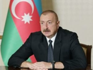 Азербайджан попросил перемирия