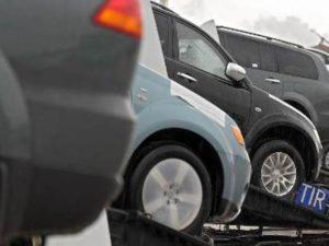 ФТС России объяснила правила ввоза автомобилей из Армении