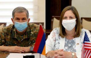 Начальник Генштаба ВС Армении принял посла США