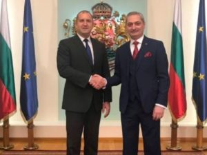 Посол Армении в Болгарии награжден орденом «Мадарски конник» первой степени