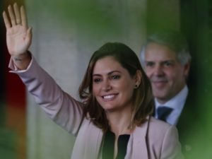 Супруга президента Бразилии заразилась коронавирусом