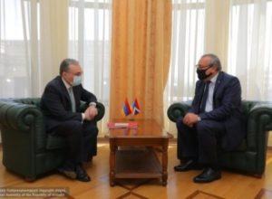 Председатель парламента Арцаха и глава МИД Армении обсудили переговорный процесс по Карабаху