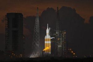 США отложили запуск тяжелой ракеты Delta IV с военным спутником