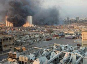 Франция предупредила об угрозе исчезновения Ливана после взрыва в Бейруте