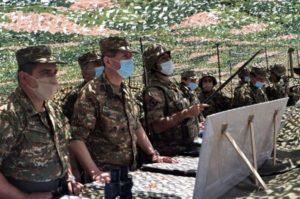 Начальник Генштаба ВС Армении посетил 4 и 5 армейские корпуса