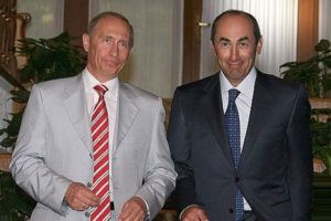 Путин поздравил Кочаряна с днём рождения