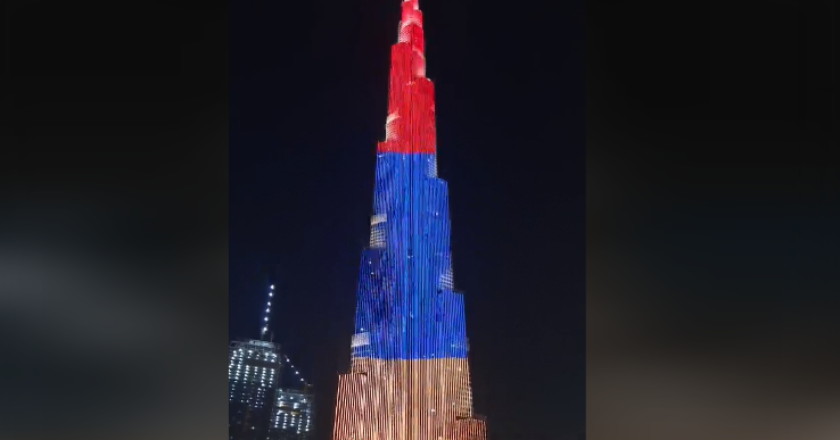 Бурдж-Халифа окрасилась в цвета армянского триколора