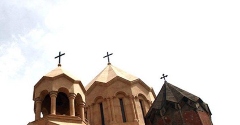 Армянская апостольская церковь отмечает праздник Хачверац