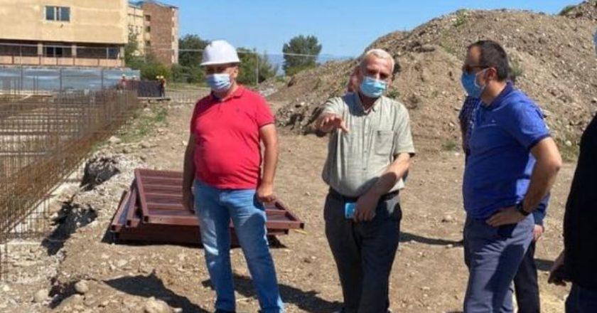 Глава Минздрава Армении ознакомился с ходом строительства медцентра в Мартуни