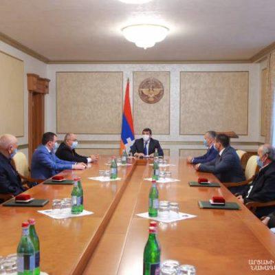 Президент Арцаха наградил представителей сферы спорта
