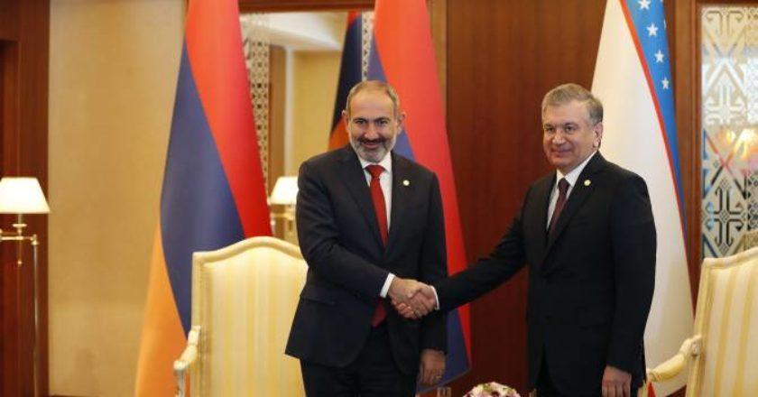Никол Пашинян направил поздравительное послание президенту Узбекистана