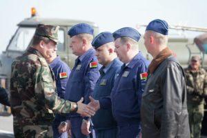 Азербайджанские СМИ: Лукашенко отправил в Баку белорусских летчиков для атаки на армян
