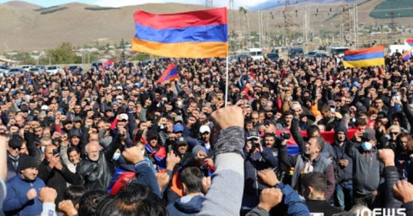 Многотысячный митинг прошел в Ахалкалаки