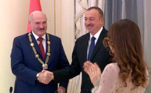 Лукашенко отправил в Азербайджан новую партию ракет для РСЗО «Полонез»