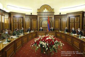 Премьер-министр Армении провел заседание Совбеза