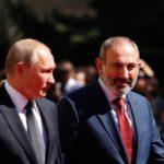 Путин заявил, что по несколько раз в день общается с Пашиняном