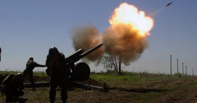 Армянские военнослужащие уничтожили вражеские огневые позиции Д-30, артиллерийские блокпосты и колонны