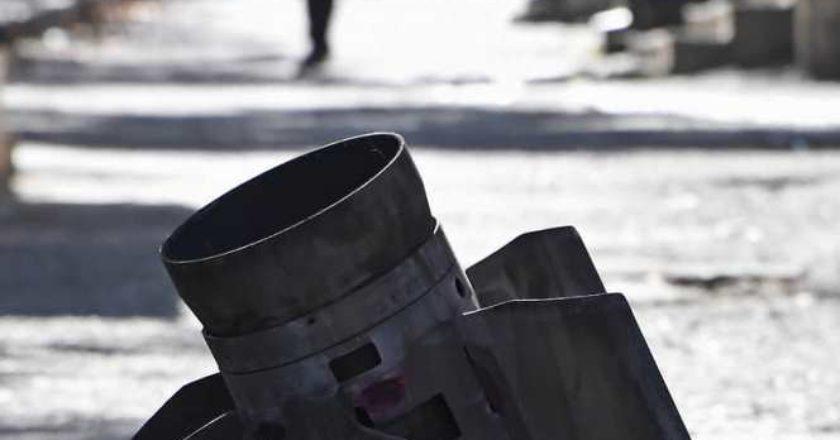 В результате обстрела азербайджанскими ВС карабахского села Аветараноц погиб один и ранены двое жителей