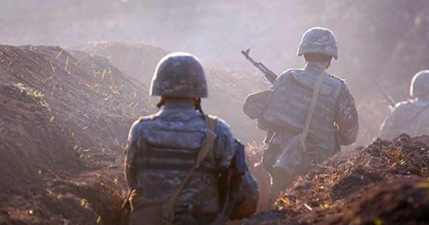 В течение дня азербайджанской армии не удалось прорвать фронт: бои продолжаются