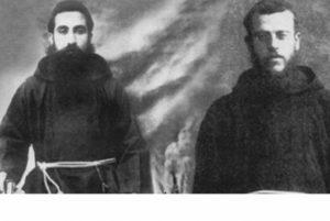 Папа Римский объявил двух погибших во время Геноцида армян священнослужителей мучениками