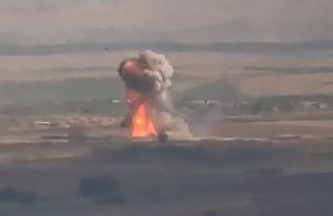 Азербайджан потерял бронетехнику в бессильных попытках занять высоту на юге