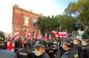 В правительстве Грузии анонсировали новые ограничения на фоне протестов