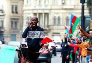 Военкор Котенок: «Коренной азербайджанец празднует победу в Шуши»