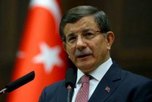 Экс-премьер Турции назвал Эрдогана большей угрозой для мира, чем пандемия Covid-19