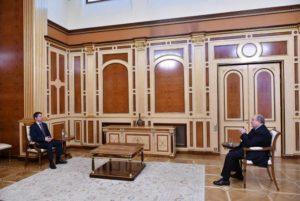 Президент Армении провел встречу с послом Франции