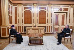 Президент Армении провел встречу с Католикосом Всех Армян