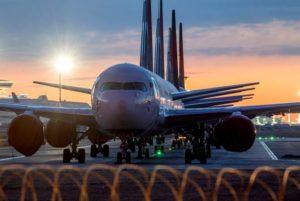 В Европе назвали три сценария восстановления авиасообщения