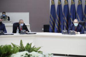 Премьер-министр Армении представил аппарату МЧС нового министра