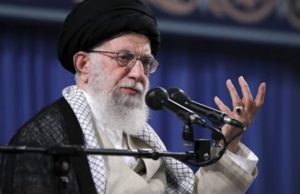Лидер Ирана пригрозил ударить по Азербайджану в случае возникновении террористических угроз