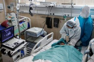 В России зафиксировали новый суточный рекорд смертности от COVID-19