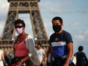 Франция пересмотрит порядок посещения церквей в связи с пандемией коронавируса