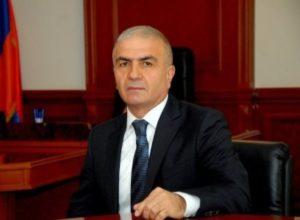 Губернатор Сюникской области Армении Унан Погосян подал в отставку
