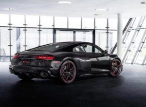 Компания Audi выпустила уникальную спецверсию модели R8 RWD