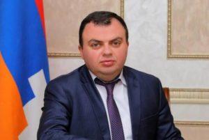 Ваграм Погосян опровергает слухи о переселении азербайджанцев в Степанакерт