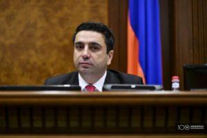 По мнению вице-спикера, внеочередные выборы должны состояться как можно скорее