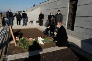 Премьер-министр Пашинян в Тавушской области почтил память павших героев