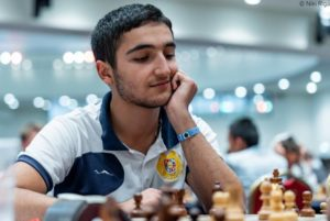 Шант Саркисян поборется за звание чемпиона онлайн-чемпионата мира по быстрым шахматам