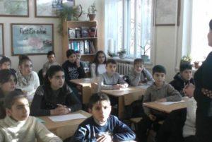 В Степанакерте действует 5 школ, еще 5 школ начнут действовать в течение недели